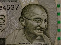 Mahatma Gandhi na 500 rupii notatce obraz royalty free