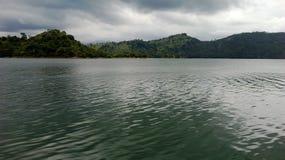 Mahavalirivier in Sri Lanka stock afbeeldingen