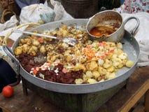Mahlzeit am Markt Stockfotos