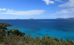 Maho Bay in St John stock afbeeldingen
