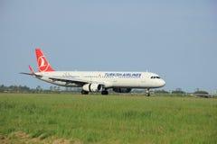 Mai, 11. 2015, Amsterdam die Niederlande: Das TC-JSL Türkische Airlin Lizenzfreie Stockfotos
