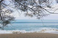 Mai Khao-strand in Phuket, Thailand Royalty-vrije Stock Fotografie