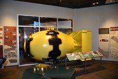 15. Mai 2019 Los Alamos, New Mexiko Ein Modell der Atombombe ?des dicken Mannes ?auf Anzeige bei Bradbury Museum In Los Alamos Es lizenzfreies stockbild