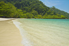 MAI-ngam Strand im Nationalpark Surin-Inseln Lizenzfreies Stockbild