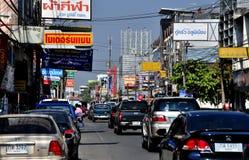 MAI van Chiang, Th: Verkeer op Thanon Chotana Stock Foto