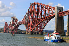 Maid of the Forth and Forth Rail Bridge, Scotland Stock Image