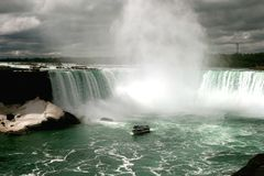 Maid of the Mist in Horseshoe Falls Royalty Free Stock Photography