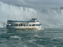 Maid of the Myst boat tries to reach Niagara Falls Royalty Free Stock Photos