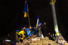 Maidan - ativistas na reunião da véspera de anos novos no quadrado da independência Foto de Stock