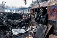 Maidan - barricades sur la rue de Hrushchevkoho près du stade de dynamo Photo stock