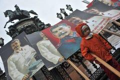 Maifeiertagsdemonstration in St Petersburg stockfotografie