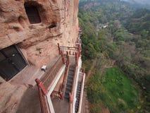 Maiji Shan Stone Mountain mit alter buddhistischer schnitzender Statue lizenzfreies stockbild