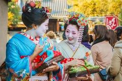 Maiko in Kyoto lizenzfreie stockfotografie