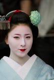Maiko non identifié en fonction   Photos libres de droits