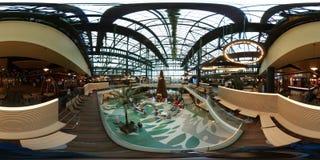Mail de plaza de Sun, Bucarest, parc d'attractions, station de vacances, vente au détail, parc, chambre forte, restaurant, maison Image libre de droits