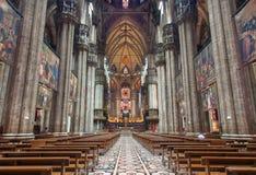 Mailand - Hauptkirchenschiff von Duomo oder von Kathedrale stockbilder