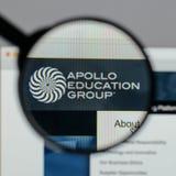Mailand, Italien - 10. August 2017: Apollo Education Group-Logo auf t Lizenzfreies Stockfoto