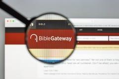 Mailand, Italien - 10. August 2017: Bibelzugangs-Websitehomepage Stockfoto