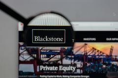 Mailand, Italien - 10. August 2017: Blackstone Group-Logo im Netz Lizenzfreies Stockbild