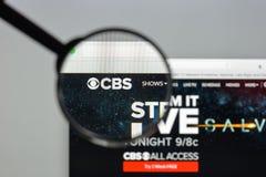 Mailand, Italien - 10. August 2017: CBS-Websitehomepage Es ist ein A Stockfoto