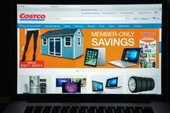 Mailand, Italien - 10. August 2017: Costco COM-Websitehomepage Es Stockfoto