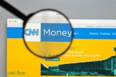 Mailand, Italien - 10. August 2017: Geld CNN-Websitehomepage mon Stockfotografie