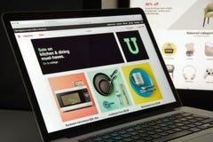 Mailand, Italien - 10. August 2017: Ziel COM-Websitehomepage ta Stockbild