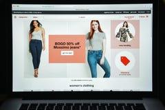 Mailand, Italien - 10. August 2017: Ziel COM-Websitehomepage ta Lizenzfreie Stockbilder