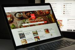 Mailand, Italien - 10. August 2017: Zomato-Websitehomepage Es ist a Lizenzfreie Stockfotos