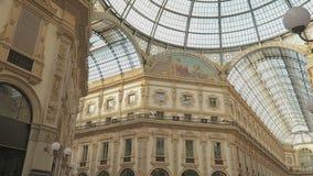 Mailand, Italien innerhalb des Galleria Vittorio Emanuele II stock footage