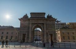 MAILAND, ITALIEN - 14. JANUAR 2018: Porta Garibaldi Milan City Gate vorher bekannt als das Porta Comasina stockfotos