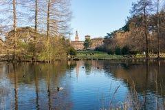 Mailand, Italien - 8. März 2019: Sempione-Park ist ein Großstadtpark in Mailand, das er in der historischen Mitte der Stadt ist stockbilder