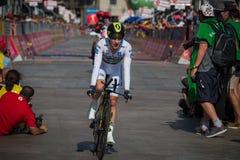 Mailand, Italien am 28. Mai 2017: Adam Yates, Orica-Team, herein mit Jersey auf der Ziellinie Stockfotos