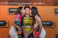 Mailand, Italien am 28. Mai 2017: Jos Van Emden, Lotto-riesiges Team, feiert seinen Sieg des Stadiums Stockbilder