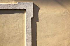 Mailand Kirchenbetonmauer-Ziegelsteinzusammenfassung Italiens in der alten Lizenzfreie Stockbilder