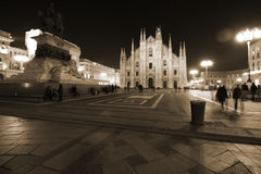 Mailand, Mailand, Vorderansicht der Kathedrale von Mailand (Duomodi Mailand) nachts Stockfoto