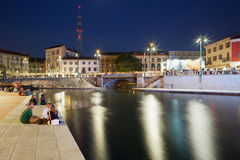 Mailand neues Darsena, neu entwickelte Docks nachts Lizenzfreies Stockbild