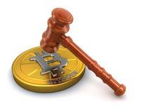 maillet 3d en bois et Bitcoin Photos stock