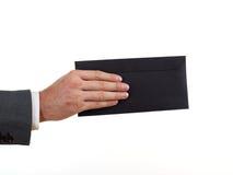 Mailman με το μαύρο φάκελο Στοκ εικόνα με δικαίωμα ελεύθερης χρήσης