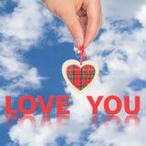 Main avec amour de coeur et de mot vous Photo libre de droits