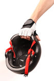 Main avec le casque de bicyclette Photos libres de droits