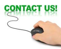 Main avec le contactez-nous de souris et de mot d'ordinateur Images libres de droits