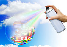 Main avec le jet d'aérosol Images libres de droits