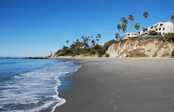 Main Beach at Laguna Beach, California . The image shows the north part of Laguna Beachs Main Beach. The southern part of Heisler Park is on top of the bluff Stock Images