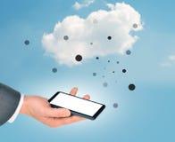 Main d'homme d'affaires avec le smartphone Image libre de droits