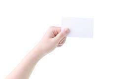 Main de femme tenant la carte vierge Photos libres de droits