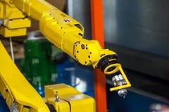 Main de robot industriel photographie stock