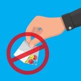 Main de trafiquant de drogue tenant le sac avec des narcotiques Image libre de droits