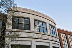 The Main Library on the campus of the University of Memphis. The Ned R. WcWherter Library at the University of Memphis in Memphis, Tennessee Stock Image