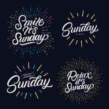 Main réglée de dimanche écrite des citations de lettrage illustration stock